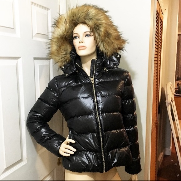 c4a7861a Zara Jackets & Coats | Shiny Down Feather Puffer With Faux Fur Xl ...